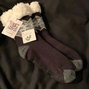 Original Muk Luks cabin socks